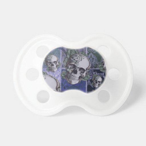 Cráneo y rosas del Victorian. Azul real Chupetes De Bebé