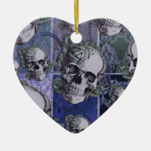 Cráneo y rosas del Victorian. Azul real Ornamentos De Navidad