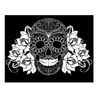 Cráneo y rosas, día blanco y negro de los muertos tarjetas postales