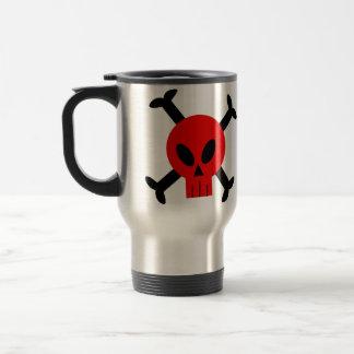 Cráneo y taza rojos de la bandera pirata