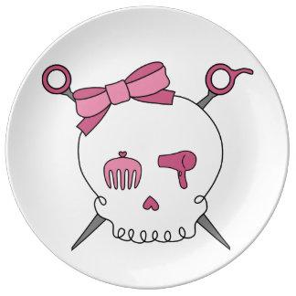 Cráneo y tijeras accesorios (rosa) del pelo platos de cerámica