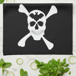 Cráneo y toalla de cocina de la bandera pirata