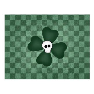 Cráneo y trébol del día del St Patricks Tarjetas Postales