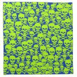 Cráneos adaptables y bandera pirata servilleta