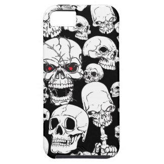Cráneos agrupados blancos iPhone 5 funda