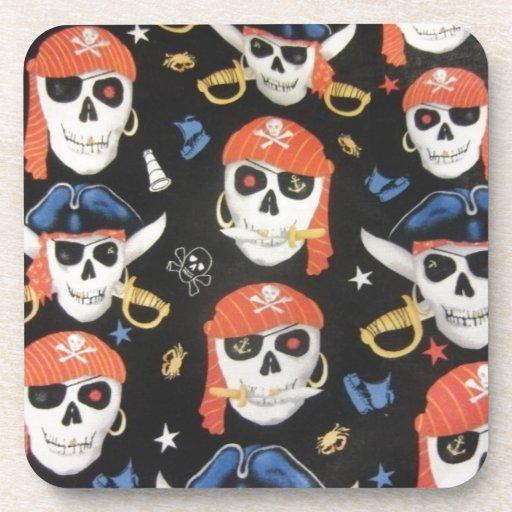 Cráneos alegres del pirata de Rogelio Posavasos De Bebidas