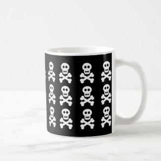 Cráneos blancos, cráneos blancos, cráneos blancos taza de café