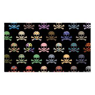 Cráneos coloridos y huesos cruzados tarjetas de visita