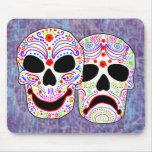 Cráneos de la Comedia-Tragedia de Halloween DOTD Alfombrilla De Raton