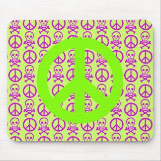 Cráneos de la paz mousepad