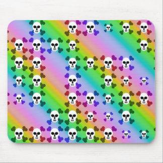 Cráneos del arco iris tapetes de ratón