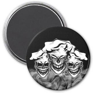 Cráneos del cocinero que fuman imán redondo 7 cm