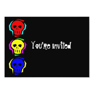 """Cráneos del color primario invitación 5"""" x 7"""""""