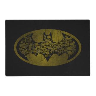 Cráneos del símbolo el | de Batman en logotipo del Salvamanteles