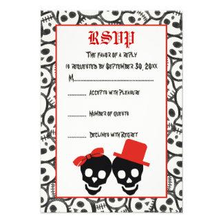 Cráneos elegantes Halloween RSVP que se casa negro Invitación
