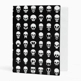 Cráneos en fondo negro mini carpeta