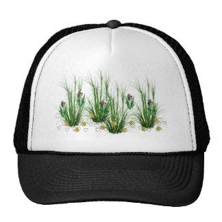 Cráneos en las malas hierbas gorras