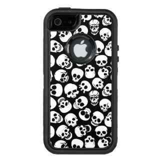 Cráneos en modelo negro del fondo funda otterbox para iPhone 5/5s/SE