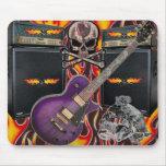 Cráneos llameantes y amperio Mousepad de la guitar Alfombrilla De Ratón
