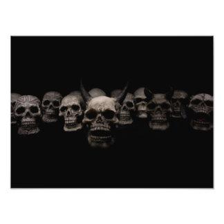 Cráneos malvados cojinete