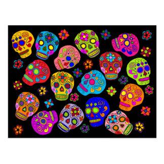 Cráneos mexicanos del azúcar del arte popular tarjeta postal