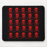 Cráneos multi en HALLOWEEN rojo y negro Alfombrilla De Raton