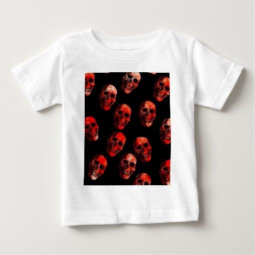 cráneos, negro rojo tshirts