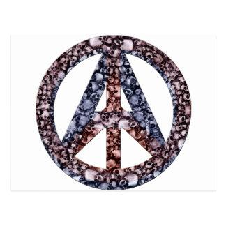 Cráneos, paz y anarquía postal