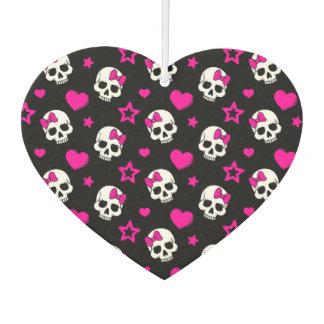 Cráneos preciosos del gótico en rosa brillante