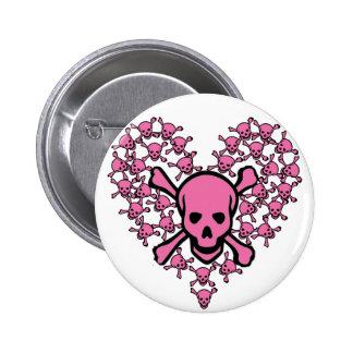 Cráneos rosados en forma del corazón pin redondo de 2 pulgadas