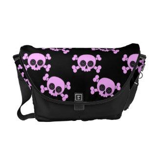 Cráneos rosados lindos bolsa messenger