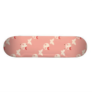 Cráneos rosados lindos monopatin personalizado