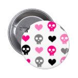 Cráneos y botón de los corazones pins