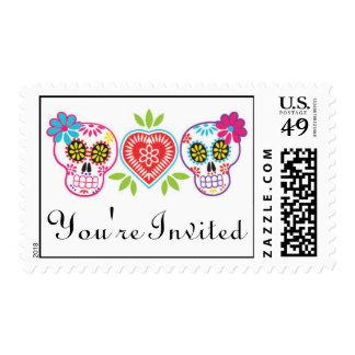 Cráneos y flores del azúcar que casan franqueo timbres postales