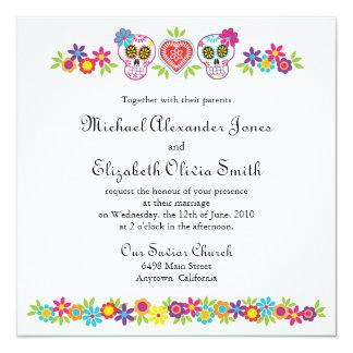 """Cráneos y flores del azúcar que casan la invitación 5.25"""" x 5.25"""""""