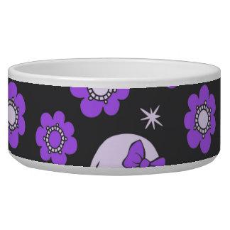 Cráneos y flores violetas tazones para perrros