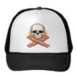 Cráneos y gorra del logotipo del tocino