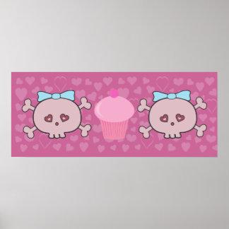 Cráneos y magdalena rosados lindos con el fondo de póster