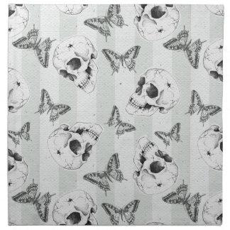Cráneos y mariposas servilleta imprimida
