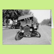 Crashed Vintage Car, 1922 Card