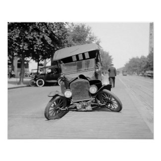 Crashed Vintage Car, 1922. Vintage Photo Poster