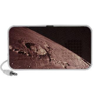 Cráter en la luna laptop altavoces