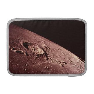 Cráter en la luna fundas para macbook air
