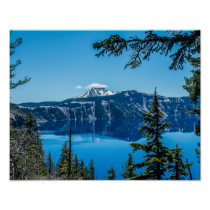Crater Lake Views // Clear Deep Blue Waters