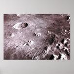 Cráteres en la luna póster