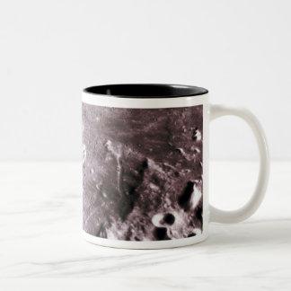 Cráteres en la luna taza de dos tonos