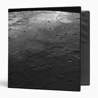 """Cráteres grandes en el planeta Mercury Carpeta 1 1/2"""""""