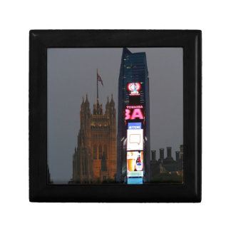Crazy! New York City meets London Jewelry Boxes