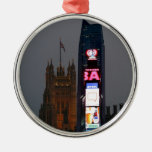 Crazy! New York City meets London Silver-Colored Round Decoration