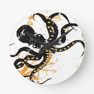 Crazy Octopus Round Clock